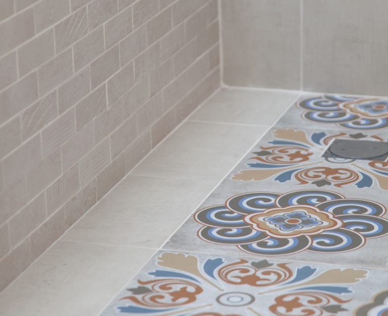 עיצוב חדרי אמבטיה - מעיין ממן