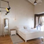 חדר שינה בעליית הגג